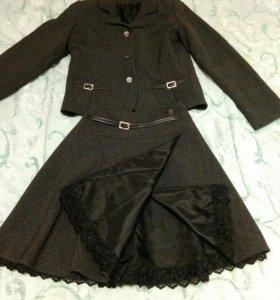 Костюм серого цвет для девочки 10-12 лет
