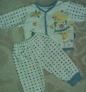 Костюмчик на малыша 3-6 месяцев