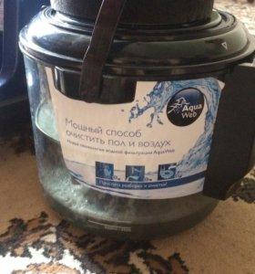Пылесос с аквафильтром Philips Aqua Action