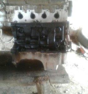 Двигатель от Рено Логан 1.6
