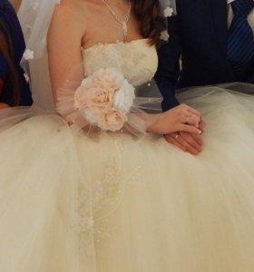 свадебное платье+ колье и серьги