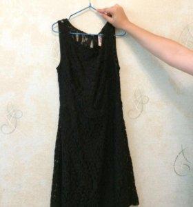 Платье чёрное, кружевное