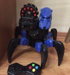 Радиоуправляемый робот-паук