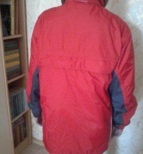 Куртка ,ветровка