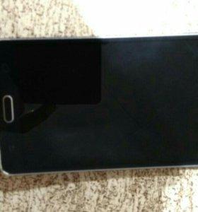 Смартфон Samsung Galaxy A7 SM-A700FD
