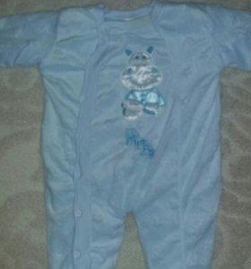 Комбинезон на малыша до 6 месяцев