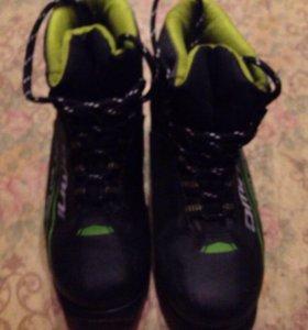 Лыжные ботинки на 33 размер