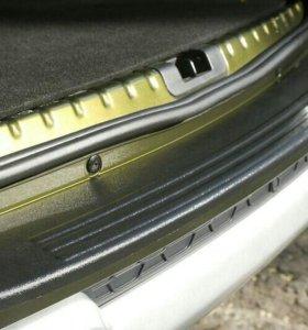 Накладка заднего бампера без надп Renault Duster