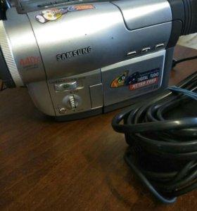 Видео камера Samsung VP-L500