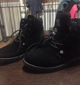 Зимние женские ботинки. Новые