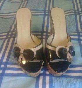 Обувь на плотформе