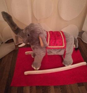 Слон качалка