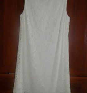 Красивое платья.