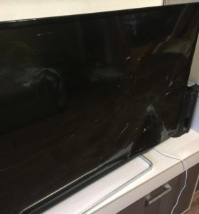 Продам телевизор Toshiba (Битый экран)