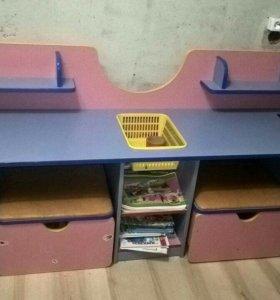 Дидактический стол с пуфами