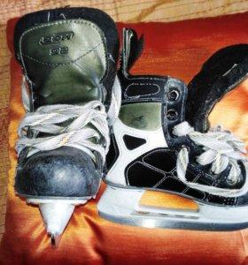 Хоккейные коньки CCM 92, 29 размер