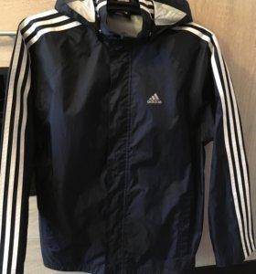Куртка б/у в отличном состоянии /adidas/р46-48