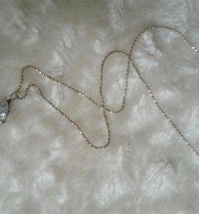 Серебрянная цепочка и кулон с фианитом