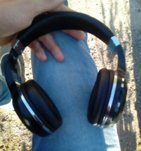 Bluetooth- Наушники Bluedio
