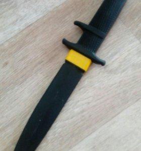 Нож резиновый для восточных.единоборств
