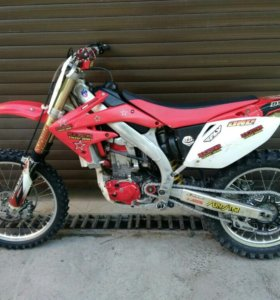 Продам Honda CRF450R