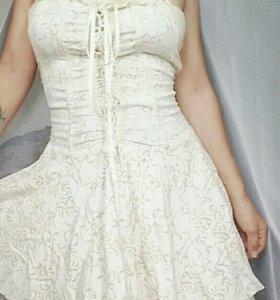 Платье новое,зачем брала не знаю)))стало мало😨