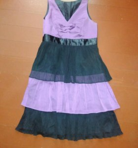 Коктейльное платье. Размер 46-48. Сбоку молния.