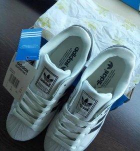 Кроссовки женские adidas Originals Superstar 2