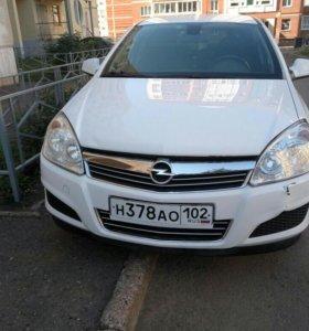 Opel Astra 1.6 amt 2011 универсал