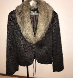Пиджак приталенный с воротником