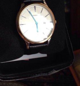 Часы Romanson большие и тонкие 44х44