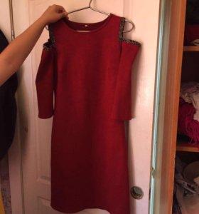 Платье новое, 46 размер, бархатное