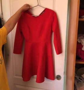 Платье новое, 44 размер, бархатное