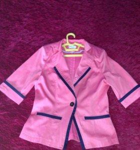 Женский пиджак размер 44-46