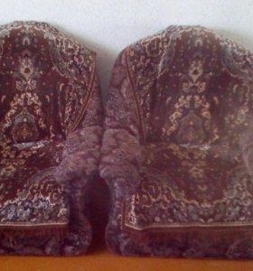 Два кресла б\у