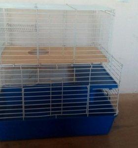 Большая клетка для шиншилл и кроликов.