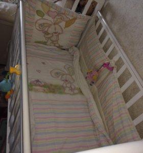 Детская кровать и ортопедический матрас, одеяло