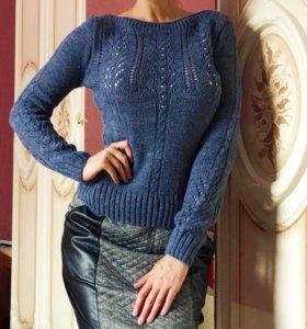Новый свитер-кофточка