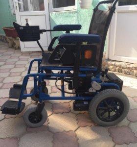 Электрическая кресло-коляска
