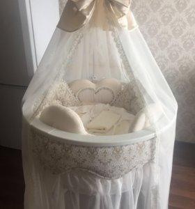 Балдахин и юбочка для кроватки