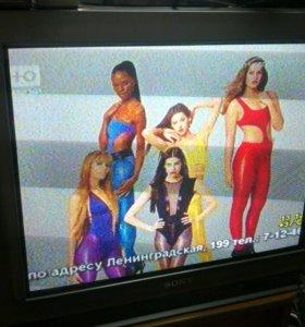 Телевизор SONY(71cм) плоский экран