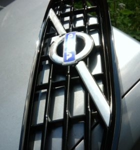 Volvo s60 решетка радиатора