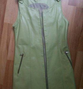 Платье сарафан ( Италия) новый