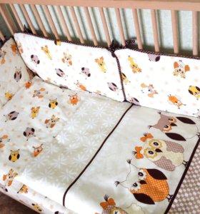 Бортики в кроватку и постельное для малыша