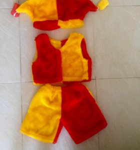 Новый костюм праздничный детский