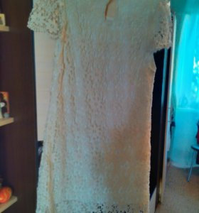 Продаю платья