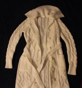 Тёплый свитер/ кардиган пуговицах