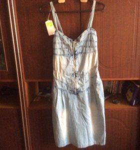 Платье- сарафан джинсовое р..42-44
