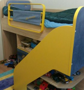 Кровать +стол