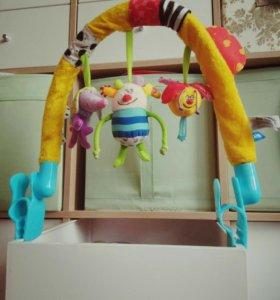Дуга-игрушки на коляску (кровать)